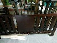 Beautiful like new/Wood/brown Toddler bed+mattress Hopewell Junction, 12533