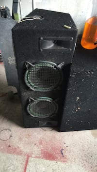 Black and gray subwoofer speaker Brampton, L7A 1J1