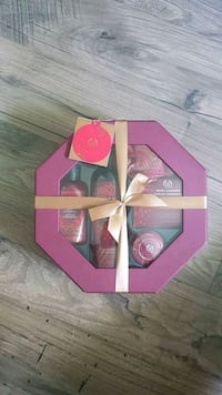 The Body Shop Gift Set Mississauga, L5N 2B5