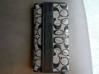 Authentic coach wallet Calgary, T3J 4S8