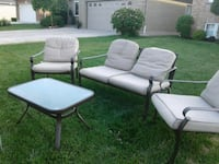 4 piece set plus cushions Niagara Falls, L2H
