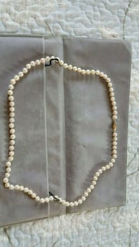 Vintage real pearl with 14k clasp necklace  Salem, 03079