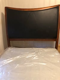 Queen Bed with box spring Little Rock