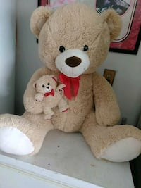 26 in large stuffed bear with her baby bear Las Vegas, 89117