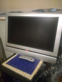 Flat Screen TV with Remote