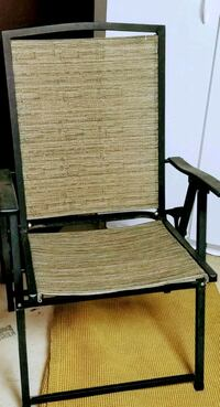 SET OF 2 High quality Folding Chairs. Good Cond. Palm Desert