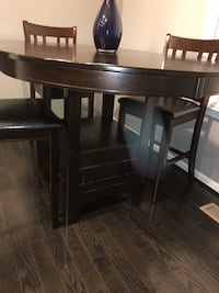 brown wooden dining table set Upper Marlboro, 20772