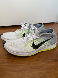 Nike shoes  Richmond, V6Y 1M9