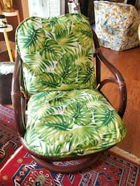 REDUCED 1970s Rattan/Bamboo swivel chair w/cover Washington