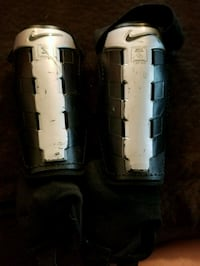 Nike shin guards Size Large Youth Winter Haven, 33881