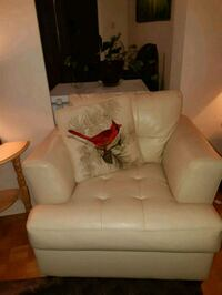 white leather 2-seat sofa 713 km