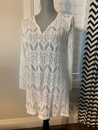 Women's top size large