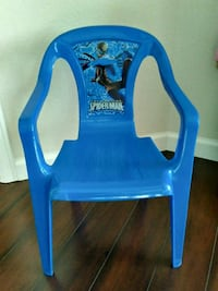 blue and white plastic chair Windsor, 80550
