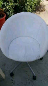 white and gray moon chair Los Angeles, 90067