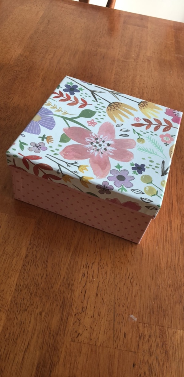 Used Decorative Gift Box For Sale In Melbourne Letgo