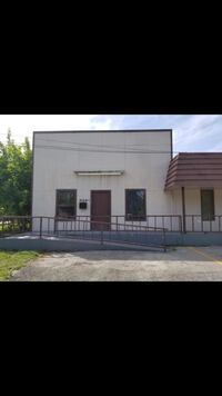 COMMERCIAL For rent 3BR 1BA