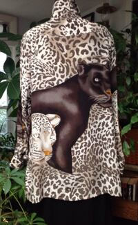 Ladies 100% silk Big Shirt. Black and white cheeta print front and back. Long sleeves great over leggings.