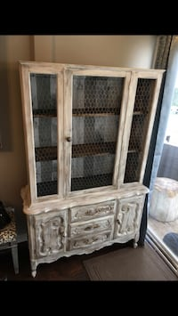 Farmhouse cabinet  Glendale Heights, 60139