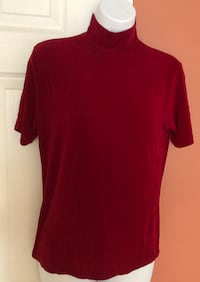 Dress Barn Short Sleeves Red Turtleneck, Size M, stretchy polyester  Farmington Hills, 48336