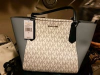 Brand New Michaels Kors Purse  Edmonton, T6L 2K3