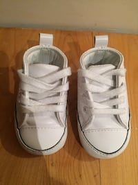 Baby leather converse size 1 777 km