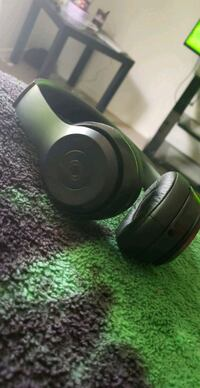 black and green Beats by Dr Albuquerque, 87121