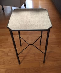 Side Table w Vintage Mirror Top Costa Mesa, 92626