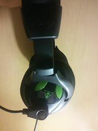 black gaming headset Ocala, 34471