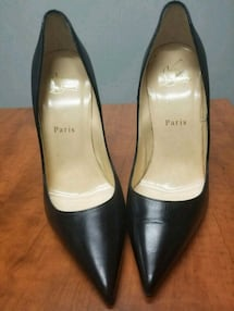 Louboutine black size 8 leather pumps