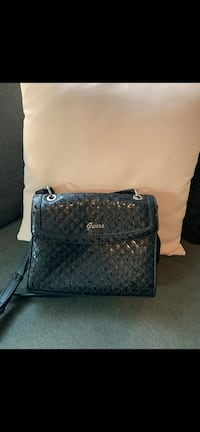 Guess purse brand new Langley City