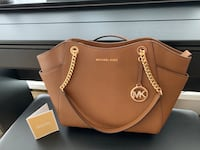 Michael Kors new bag Burnaby, V5H 2V6