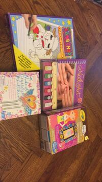 Brand new girls holiday lot of gifts, arts and crafts. Brand new Klutz Nil Art, 4M make a wind chime, Crayola mosaic frame to make, and crayon by number set. $35 FIRM Vaughan, L4J 5L7