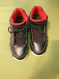 pair of black-and-red boots Springfield, 01129