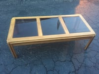 Nice coffee table  Wilmington, 28405