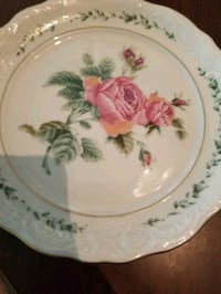 43 piece antique Victorian Rose collection by Gibson    Clinton, 39056