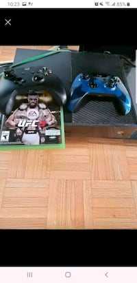 Xbox one 2 controllers ufc 3 disc included