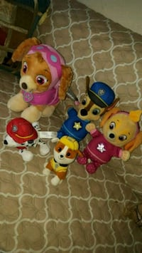Paw patrol  stuffed puppies  415 mi