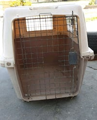 white and brown pet carrier Winton, 95388