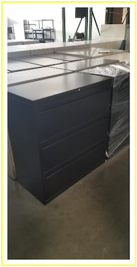"""* * """"LIKE NEW"""" BLACK 3 DRAWER LATERALS * * * keys & delivery available Rancho Cucamonga"""