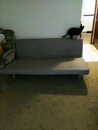 Futon free to a good home Kent, 98032