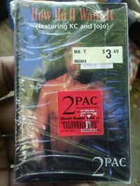 2 PAC cassette tape  Los Angeles, 90029