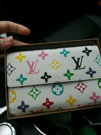 white and black Louis Vuitton leather wallet Vancouver, V6E 0A7