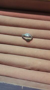 Ladies Engagement/Promise Ring Size 7.5
