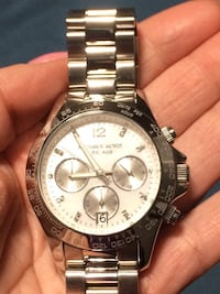 Round silver-colored michael kors chronograph watch with link bracelet