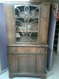 Antique hutch excellent condition