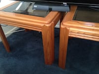 Two wooden end table from rooms to go great condition Washington, 20024