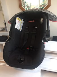 Safety 1st Black and gray car seat carrier TORONTO
