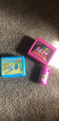 Vintage lunch boxes one has thermal w/out lid Barbie and maple town Royse City, 75189