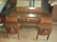 antique vanity  WILLIAMSPORT