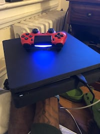 Black sony ps4 console with controller Schenectady, 12308